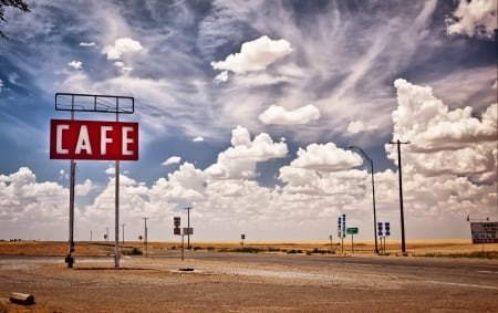 Marketing & Sales in the Oilfields: Three Months of Traveling, Illusions and Beer