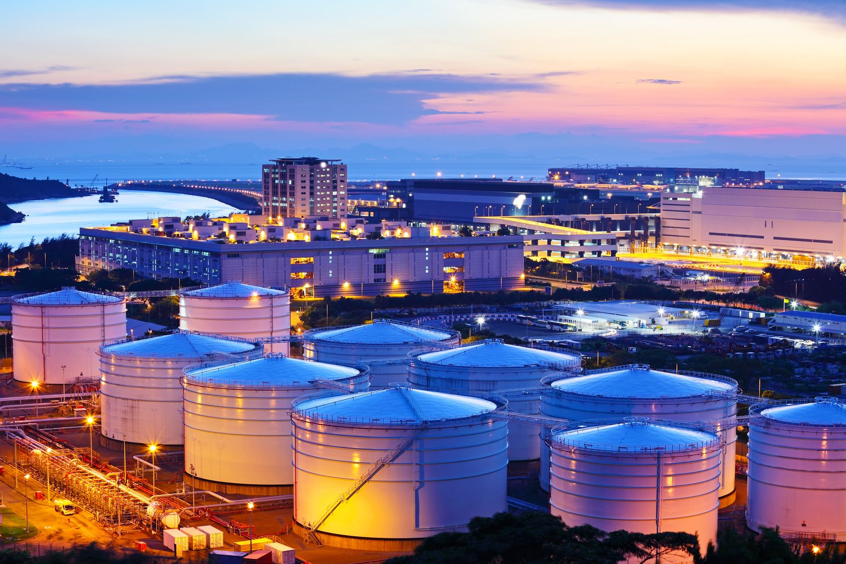 Magellan and Valero Announce Joint Storage Facility in Texas
