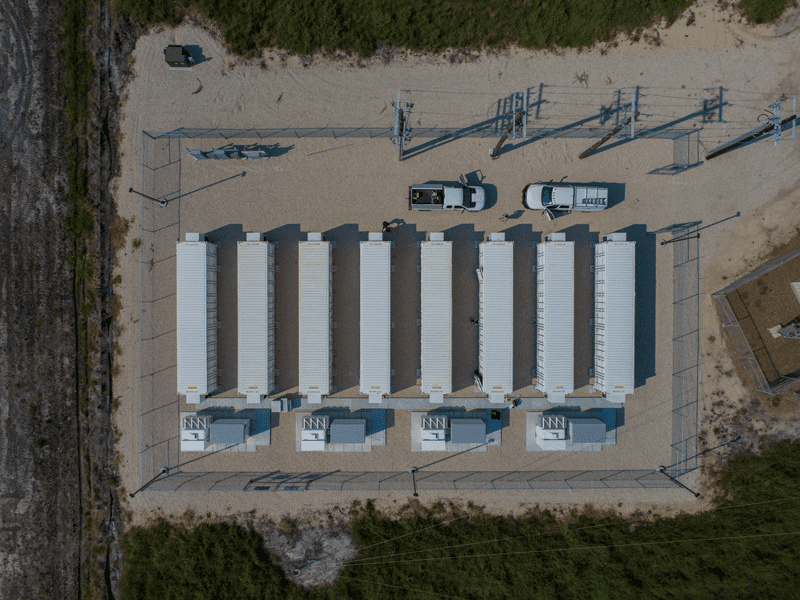 A battery energy storage facility often used for renewable energy to storage power for the grid or project usage in the field.